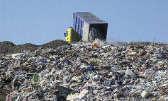 Cu găleata prin vecini: deșeurile din județul Galați sunt duse la gropile de gunoi din Brăila