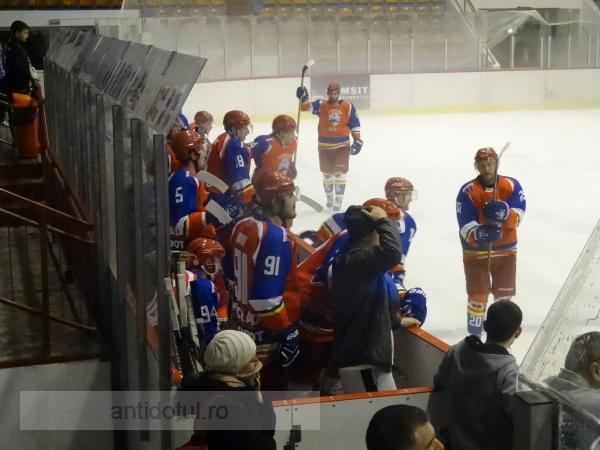 Dunărea a pierdut dramatic la Brașov. Corona conduce cu 1-0, în play-off