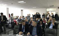 Primarul Pucheanu a convocat ilegal o ședință extraordinară, la care nici nu a venit. City managerul Humelnicu recunoaște ilegalitatea (video)
