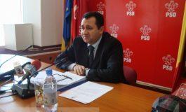 """Primăria se chinuie de 8 zile să îi atribuie """"direct"""" un contract lui Pâslaru"""