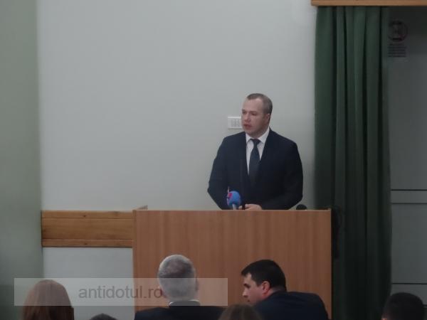"""Pucheanu șochează: """"Îi înțeleg pe gălățenii care vor să plece din Galați"""" (video)"""