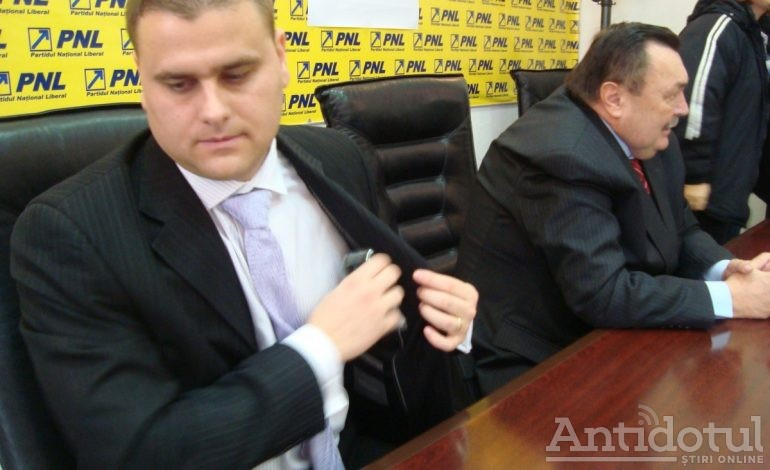 Liberalul George Stângă – un impostor atîrnat la banul public, cu vilă la Vânători