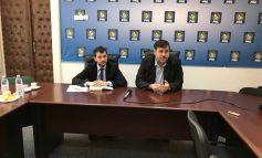 Cristian Gîscă și Alexandru Șerban s-au apucat de făcut opoziție numai că nu prea au nimerit mînerul
