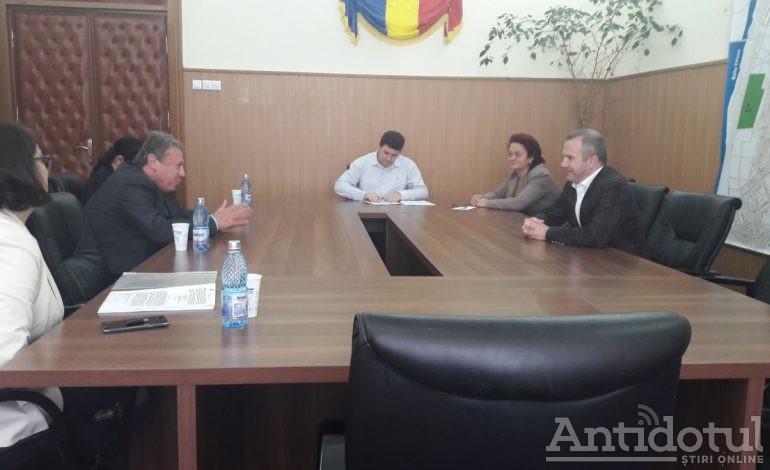 Pucheanu a semnat contractul de preluare a maternității Buna Vestire