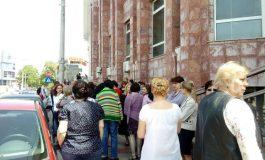 Este săptămîna protestelor anemice la Galați: după crescătorii de păsări, a venit rîndul angajaților fiscului