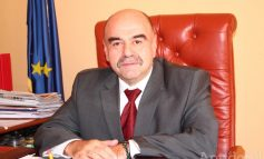 Noul subprefect Mihai Manoliu pare prost de bubuie. Ce competențe și aptitudini a scris el în propriul său CV, la angajare (facsimil)
