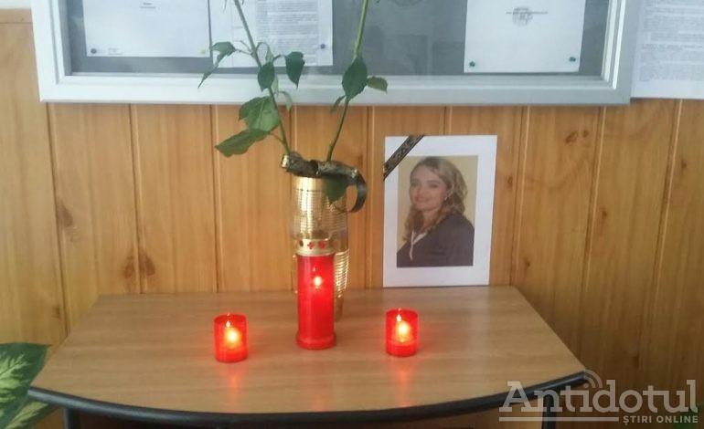 O informaticiană de la Colegiul Național Al.I.Cuza a murit în timpul Bacalaureatului