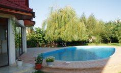 Ciocnirea civilizațiilor în Covurlui: apa potabilă a gălățenilor din comuna Vînători a ajuns în piscinele vecinilor cu vile