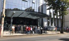 Angajații Primăriei Galați consumă mai mult decît dublul sumei alocate celor trei spitale din subordine și a medicilor școlari