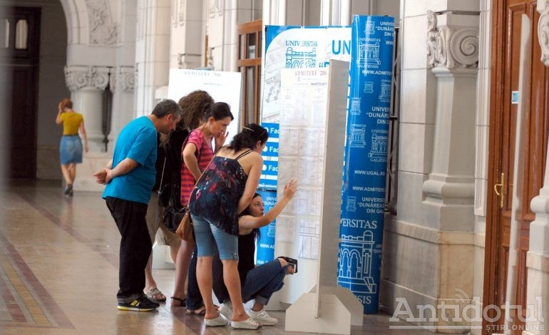 """Admiterea 2018 la Universitatea """"Dunărea de Jos"""" din Galați. Mai sunt disponibile 359 de locuri la buget și 1010 cu taxă"""