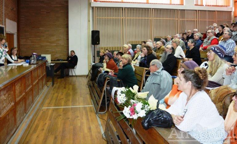 La Universitatea Vârstei a Treia s-au înscris până acum 130 de seniori
