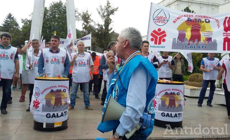 Sindicaliștii gălățeni ies în stradă. Un protest are loc luni la Prefectura Galați