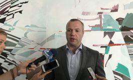 VIDEO/Primarului Ionuț Pucheanu îi fug ochii după camerele TV Galați