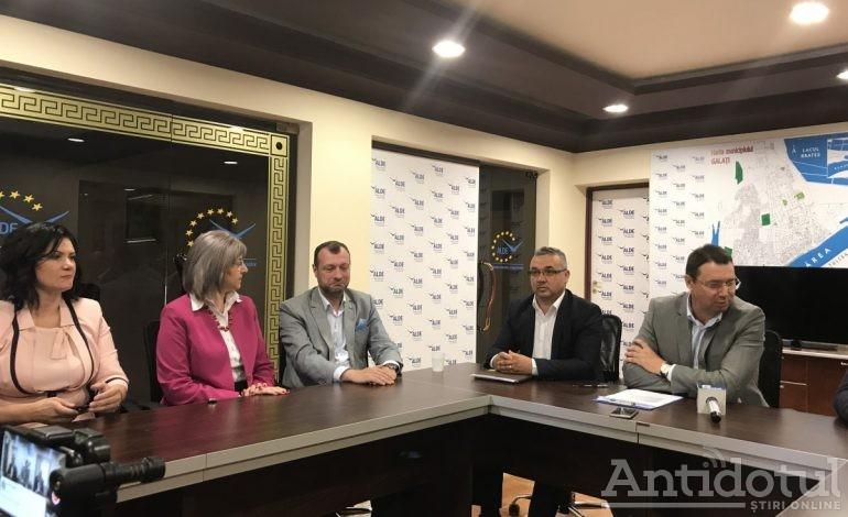 Cristi Dima îi dă dreptate lui Tudose și îi recomandă lui Pucheanu să mai lase agricultura și să se apuce de făcut proiecte