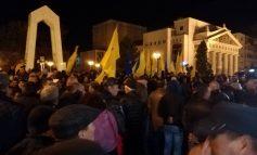 Imbulzeală mare la mitingul PNL Galați : peste 1000 de oameni le-au arătat ușa guvernanților