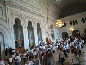 Flashmob pentru Teo