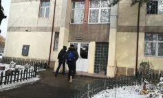 Incident în căminul de la Pedagogic! Un elev a ajuns la spital cu arsuri grave după ce a făcut un experiment cu spirt, brânză şi foc