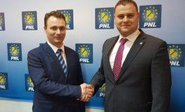 Ștefan Baltă a ajuns la concluzia că trebuie să bată palma cu Stângă dacă vrea să facă politică de dreapta