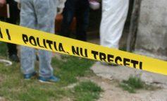 O crimă cu autor necunoscut s-a produs în Micro 16. Victima a fost înjunghiată și incendiată