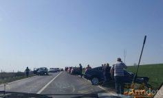Un preot s-a aflat la volanul mașinii care a provocat accidentul de la Șendreni, în urma căruia au murit trei oameni