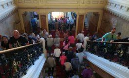 Sute de gălățeni au vizitat Palatul Administrativ și au făcut o călătorie în gloria de altădată a orașului