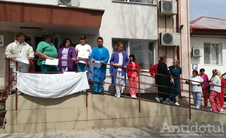 Proteste în sănătate: salariații Spitalului de Boli Infecțioase din Galați au întrerupt programul de muncă după ce au primit salarii mai mici