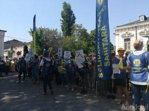 Solidaritatea Sanitară a pichetat sediul CJ