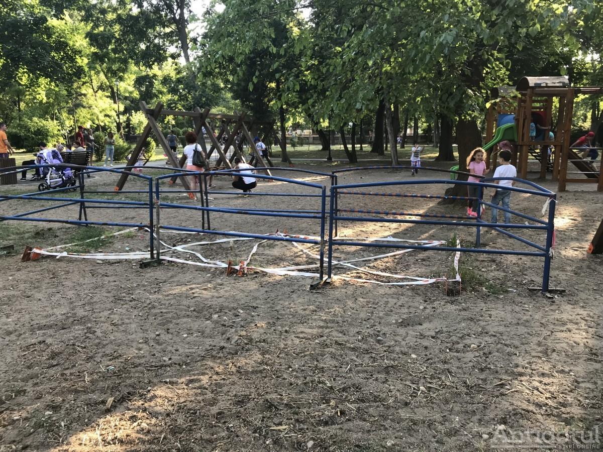 Loc de joacă - Grădina Publică