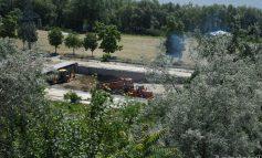 (FOTO) La Plaja Dunărea are loc curățenia de vară. Se strânge tot, că de furat nu prea mai e ce să se fure