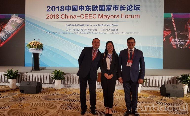 Viceprimarul Sorin Enache a mers tocmai în China pentru a afla că investiția la care visa se va face la Băicoi