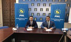 Gheorghe Falcă, primarul Aradului, a venit să facă cursuri de dezvoltare personală cu liberalii din Galați