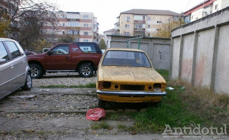Ecarisaj pentru maşini / Primăria vorbeşte despre… vehiculele fără stăpân