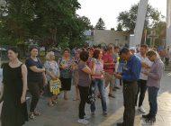 Galaţiul doarme / Nici măcar 100 de protestatari în stradă
