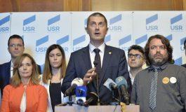 USR cere demisia lui Dragnea de la conducerea Camerei Deputaţilor, după decizia Înaltei Curţi