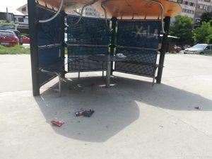 Parc lângă ghena de gunoi