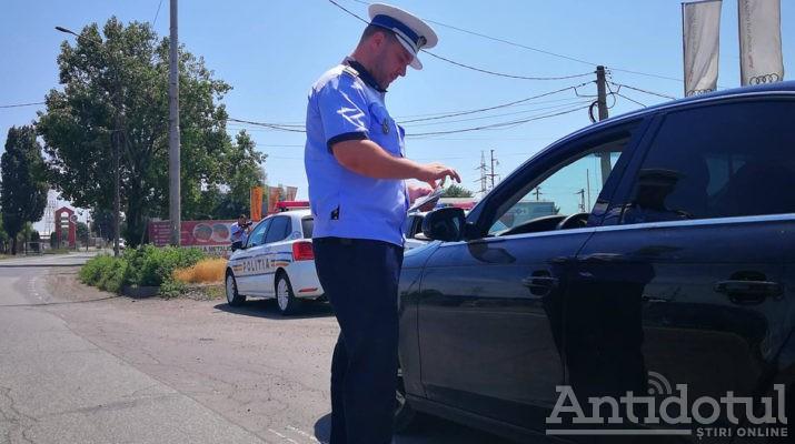 Aviz pentru şoferi. 2000 de amenzi în doar două zile, date de agenţii de la Rutieră