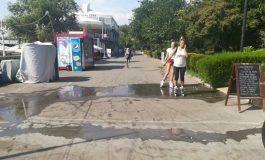 Primăria umple faleza și parcurile cu chioșcuri
