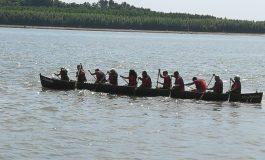 Spectacol la Galaţi. Ivan Patzaichin a adus din nou canotcile pe Dunăre!