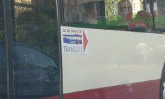 TRANSURB ne învaţă pe unde să urcăm în autobuz. Politica statului la coadă!