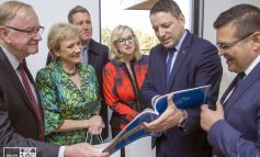 Veni, vidi și... Plecat! Vizita unei delegații parlamentare din Australia ii entuziasmează doar pe cei din primărie...