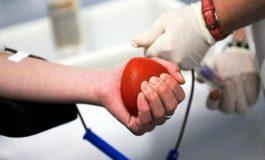 Senatul a adoptat proiectul prin care donatorii de sânge vor primi câte un sms de mulţumire