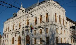 Prefectul județului Galați și polițiștii de la rutieră tremură. De frig!