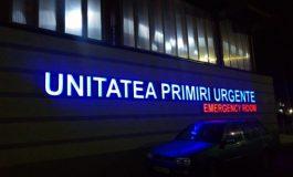 Conducerea Spitalului din Târgovişte va depune plângere împotriva scandalagiilor care au rănit un paznic şi au spart geamurile Unităţii de Primiri Urgenţe