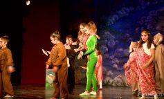VIDEO ȘI FOTO/Spectacol eveniment la Galați: copiii au jucat rolurile adulților în Cartea Junglei