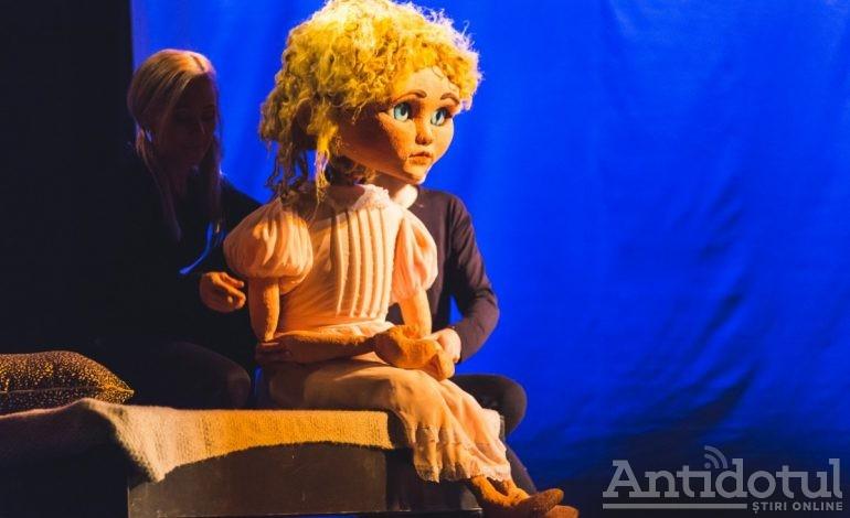Peter Pan, Clopoţica şi Căpitanul Gheară, la Teatrul Gulliver