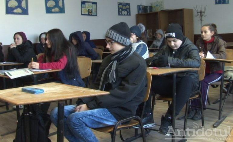 """Primăria Galați """"estimează"""" că vor fi școli care vor mai sta în frig cel puțin o săptămână"""