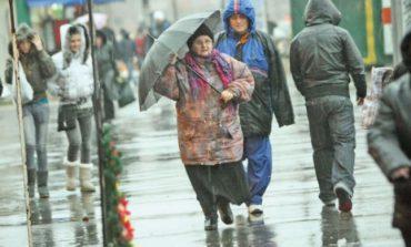 Prognoza meteo: Când se schimbă vremea. Unde loveşte lapoviţa şi cât scad temperaturile până pe 23 decembrie