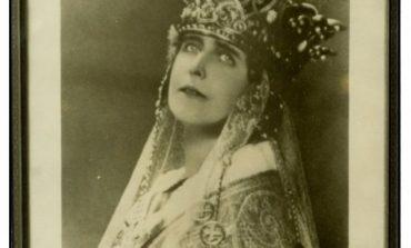 Prima statuie a reginei Maria din afara graniţelor României va fi dezvelită miercuri în Elwick Place din centrul oraşului britanic Ashford