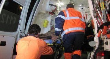 Cinci persoane rănite, după ce două maşini s-au ciocnit frontal la  intrare în Buzău. Traficul pe DN 2 se desfăşoară cu dificultate