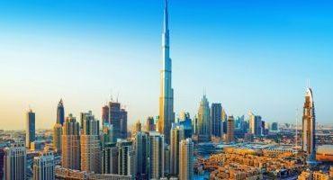 Vacanţele în Emiratele Arabe, excursii pline de culoare şi spectacol